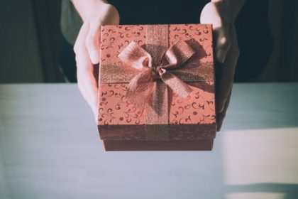 elatiegeschenken fiscaal aftrekken